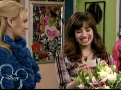 sonny with a chance of dating hd Sonny with a chance is an american sitcom created by steve marmel for disney channel original  sonny with a chance of dating  grady with a chance of sonny.