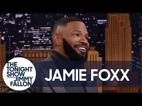 Jamie Foxx Has Footage of Whitney Houston Singing Karaoke (Uncut Version)