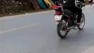 Tai nạn máy xúc-hmoob nyab laj 2019