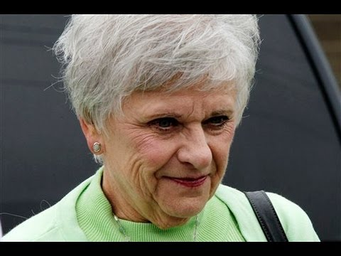 Jerry Sandusky's Wife Dottie Takes Stand At Trial