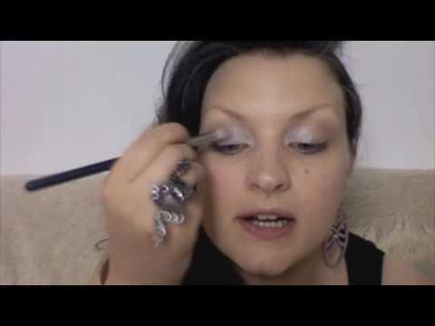 Макияж. тушь Sumptuous от Estee (перевод видео)