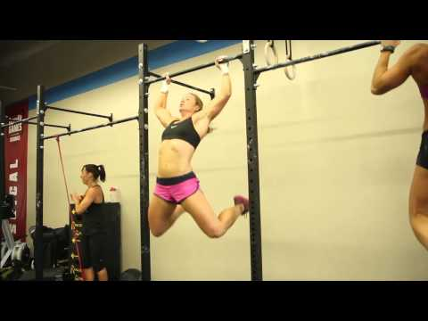 CrossFit - WOD 120814 with Lindsey Valenzuela