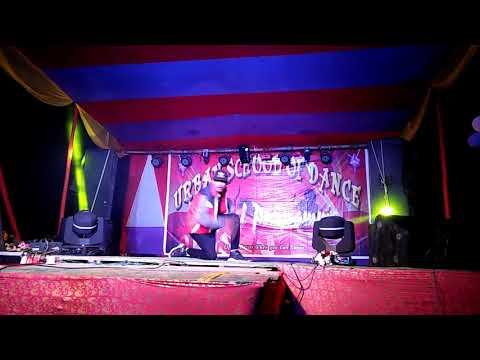 Aur ahista & kinu jadu perform by mrinmoy xmrin