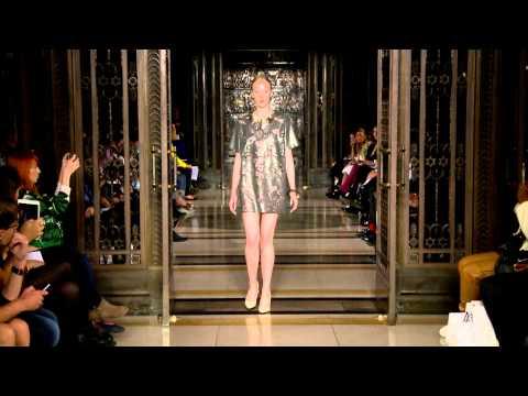 MARIANA JUNGMAN LIVE! London Fashion Week Spring Summer 2015...