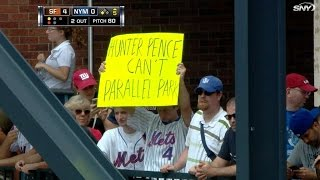 Mets' broadcast discuss funny Hunter Pence signs