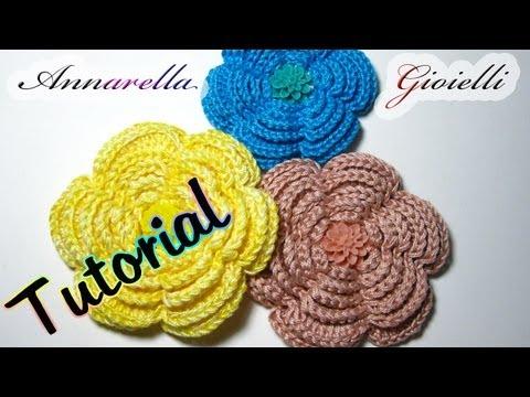 Crochet Tutorial On Youtube : Tutorial fiore uncinetto Camelia Crochet flower - YouTube