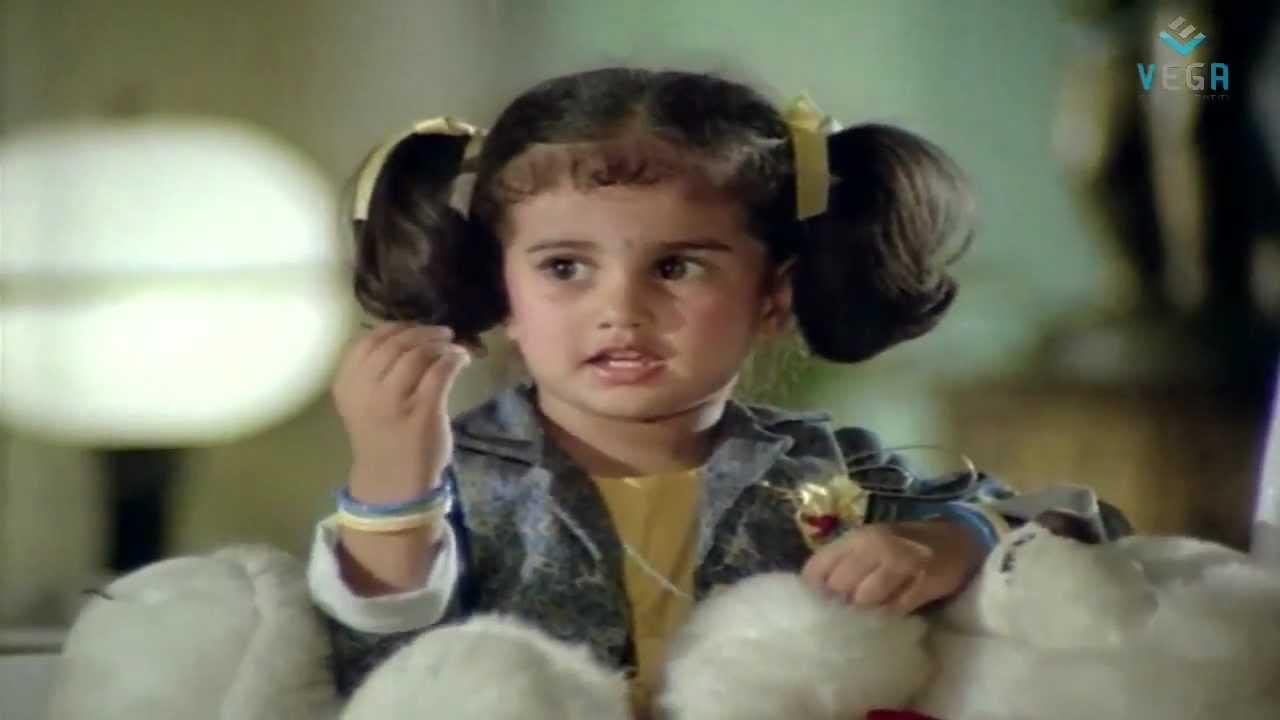Pookkalam Varavayi Baby Shamili Fools Villan
