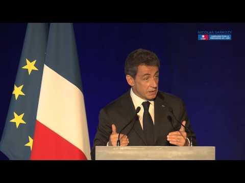 Nicolas Sarkozy en meeting à Bordeaux