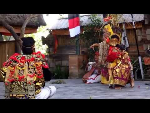 Barong Kris dance (Bali-Indonésie)