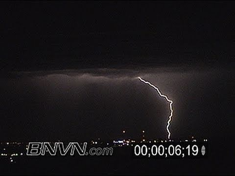 8/7/2004 Lightning video at night