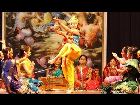 Maitri Festival 2013  Iskcon-mumbai Auditorium - Krishna Leela Dance Drama - Mathura Vasi Devi Dasi video
