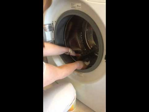Review : Mold in LG Front Load Washing Machine