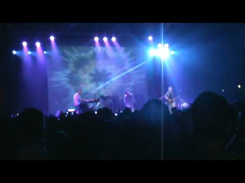 Ray Manzarek and Robby Krieger of the Doors - Riders on the storm live in Israel