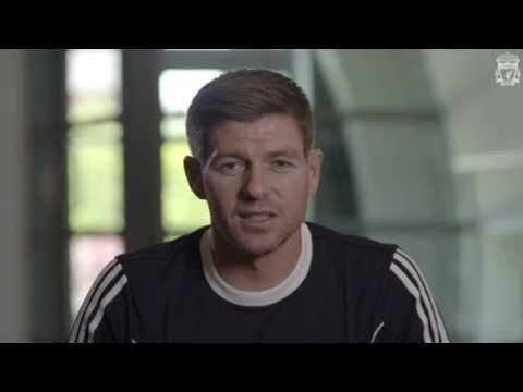 Steven Gerrard congratulates Asisat Oshoala on award
