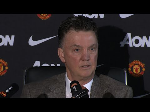 Manchester United - Louis van Gaal - Looking For Radamel Falcao Solution
