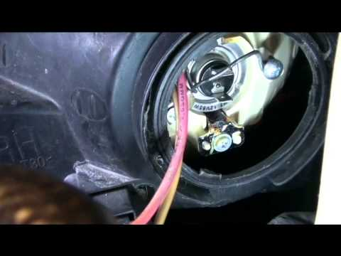 How to Replace Headlight Bulbs 2001 Hyundai Elantra & some problems you might Run Into!