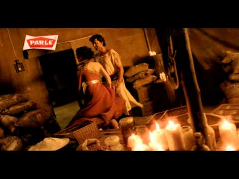 Parle Milano biscuit advertisement - Hrithik ...