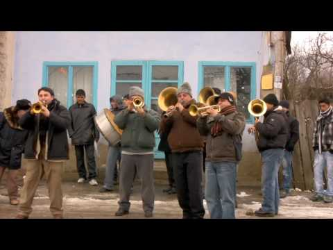 Rabbids Go Home Music - Vagabontu Brass Band