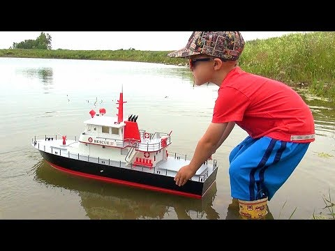 """RC ADVENTURES - NEW Capt. MOE & the AquaCraft Rescue 17 Fireboat RTR """"SCALE BOAT""""! #ProudParenting"""
