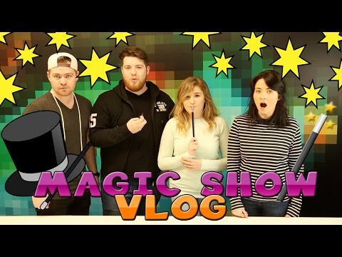 Little Kelly Vlogs : MAGIC SHOW WITH LITTLE CARLY AND SHARKY & SCUBA STEVE!