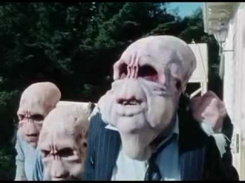 Bad Taste (1987) Trailer.