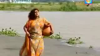 O re o Moyury bangla song