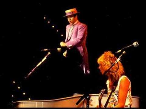 Elton John - Dreamboat