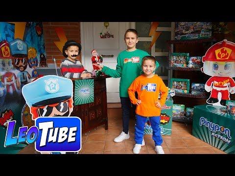 Esta Navidad Leo y Mikel visitan una tienda PinyPon muy Divertida