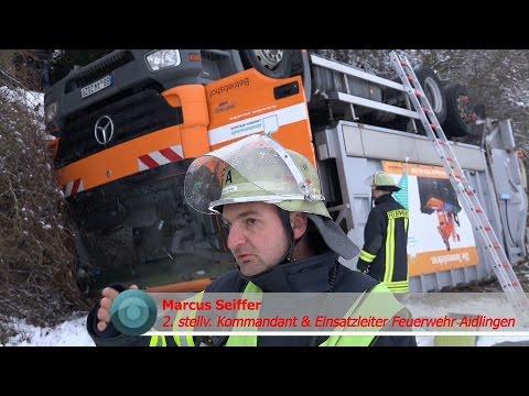 [MÜLLWAGEN ABGESTÜRZT] + SPEKTAKULÄRE BERGUNG + Unterstützung durch Feuerwehr & DRK - [E]