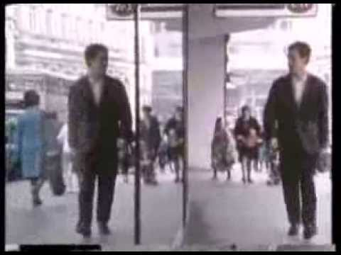 The English Beat - Mirror In The Bathroom Official Music Video...