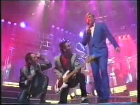 Mental As Anything  -  Live It Up ( TOTP ) 1986