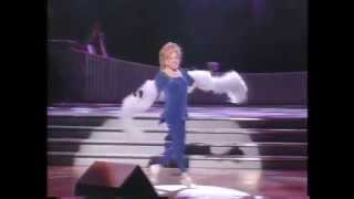 Watch Bette Midler Roses Turn video
