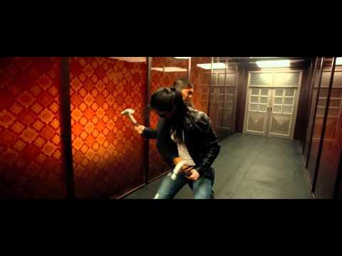 The Raid 2 Rama Vs. Hammer Girl & Baseball Bat Man Fight Scene [hd] video