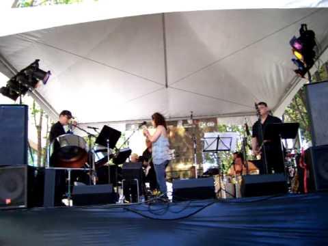 Ray Obiedo at the 2011 San Jose Jazz Festival