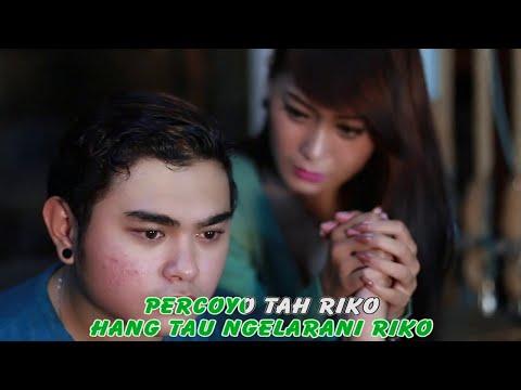NANDA FERARO feat VITA ALVIA - NGERTENI RIKO - [Official Video]