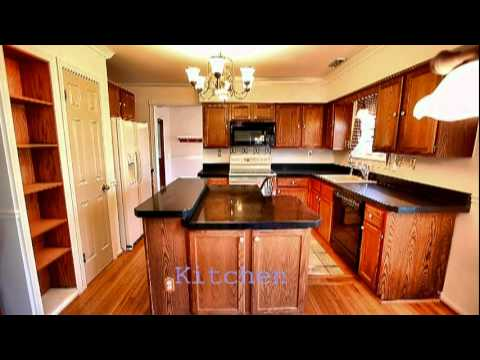 House in Lansdale PA,  2,610 sq.ft. 4 BR, 2 1/2BA, Price for sale $339,000