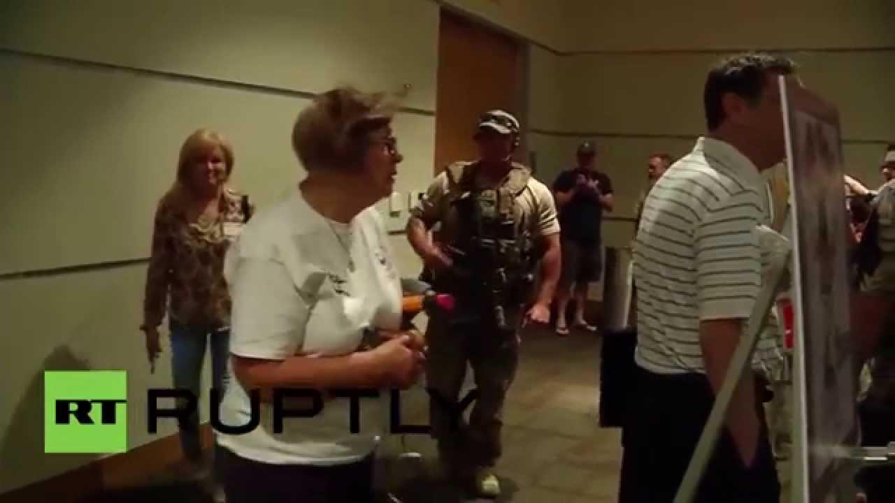 Gunmen attack Texas 'Muhammad cartoon' event