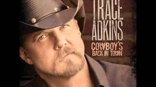 Watch Trace Adkins Whoop A Mans Ass video