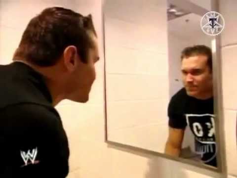 Randy Orton sees Undertaker in mirror