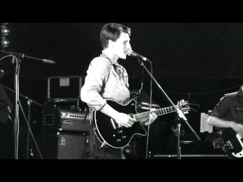 Zulu Winter - Let's Move Back To Front (live) - Reading Festival, Festival Republic, 26 August 2012