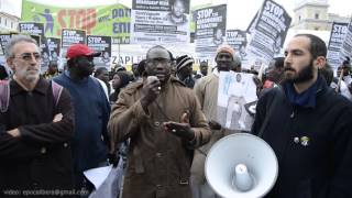 Marche des Sénégalais d'Athene suite à la mort de Babacar Ndiaye