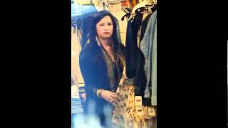 Demi Lovato Visits the Nine Zero One salon & shops at Urban Outfitters in Studio City, CA (4-21-11)