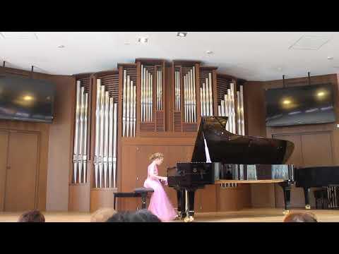 Karina Ter-Gazarian - Bach f-moll Prelude & Fugue BWV 881 (10 yrs)