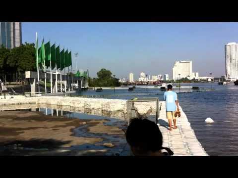 Bangkok Flood 30 October 2011 Ratburana