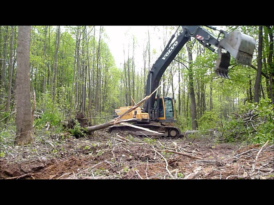 Volvo EC290BL Excavator Clearing Land - YouTube