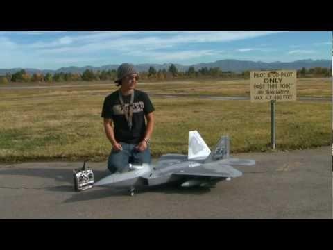 F-22 RAPTOR Twin 70mm JET Flight Review!