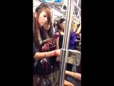 Singapore mrt woman fight