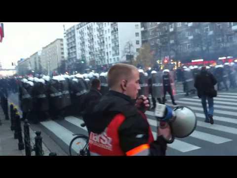 Zamieszki Podczas Marszu Niepodległości Warszawa 11.11.2012 Zadyma Na Marszu Niepodległości