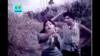 Bangla old Movie Song- Amar gorur garite