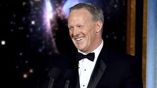 Melissa McCarthy & More Celebs REACT To Sean Spicer Crashing The 2017 Emmys